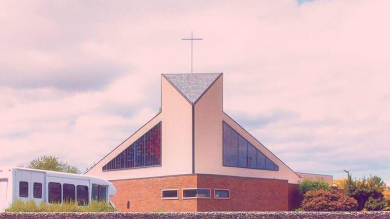 地方教會的首要地位